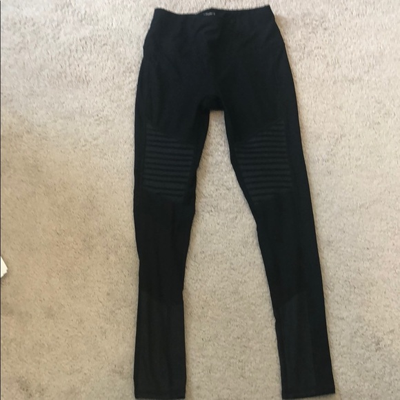 2d4e26cfe4 Layer 8 Pants | Motto Workout Leggings | Poshmark